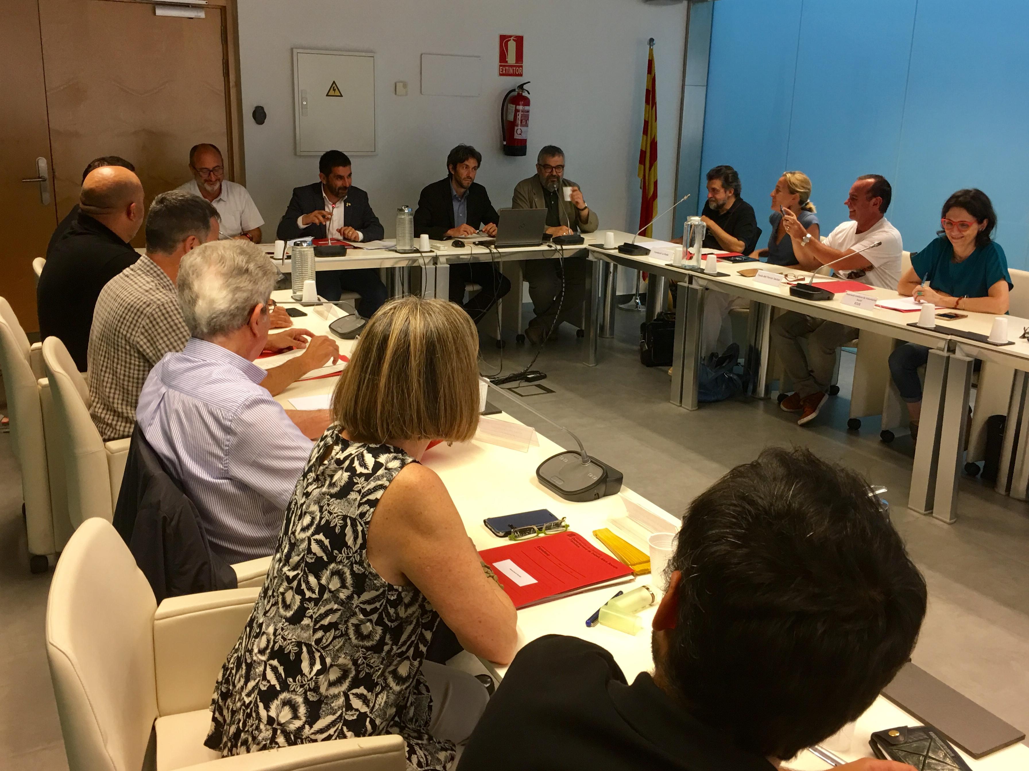 El conseller El Homrani presideix el CAVC i expressa com a prioritat de la nova legislatura l'impuls de la tramitació del projecte de Llei de foment de l'associacionisme
